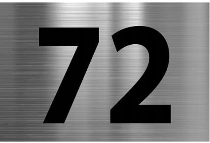 tabliczka z numerem na dom